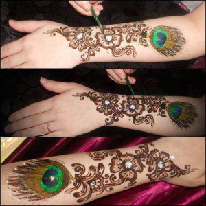 Stylish Hand Mehndi Design Eid 300x300 Stylish Eid Mehndi Design